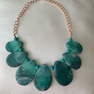 Jewelry - Turquoise & rose gold statement necklace